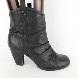 Indigo by Clarks leather black heeled booties